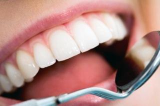 Врач не хочет удалять зуб